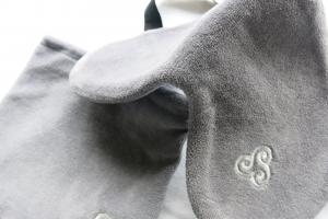 Schlafmaske in edlem grau von Lenz-Schlaf-Projekte
